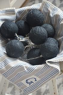 Cottonballs Black