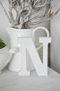 Litera N white