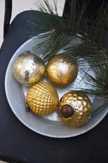 Bombka Vintage gold