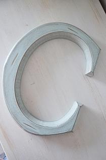 Litera C mint